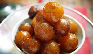 成城石井やコストコで買える?世界一甘いお菓子「グラブジャムン」の歴史や美味しい食べ方をご紹介!