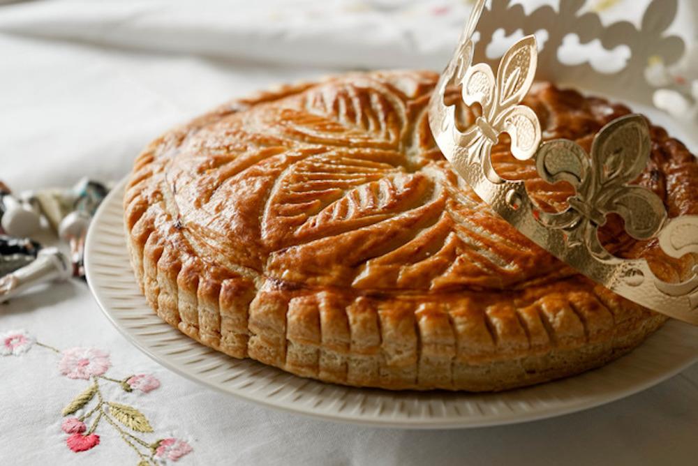 ガレット・デ・ロワの正しい食べ方は?定番のフェーブ、作り方やレシピもご紹介!