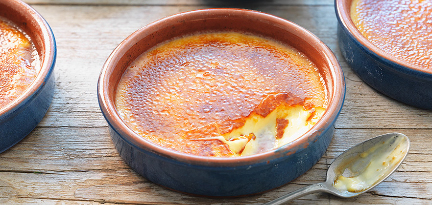 スペイン菓子「クレマカタラーナ」とは? クリームブリュレとの違いやレシピ・作り方をご紹介!
